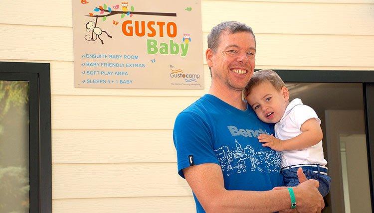 Gusto Baby - papa met kindje