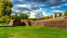 Italie - Toscaanse Kust - stadsmuren Lucca