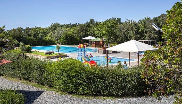 Montescudaio - Zwembaden