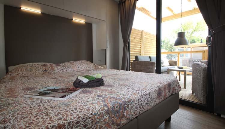 Mobilheim Lounge Deluxe XL | Adriatische Küste | Italien | Pra delle ...