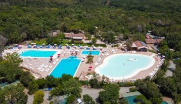 Montescudaio - Overview zwembad 5