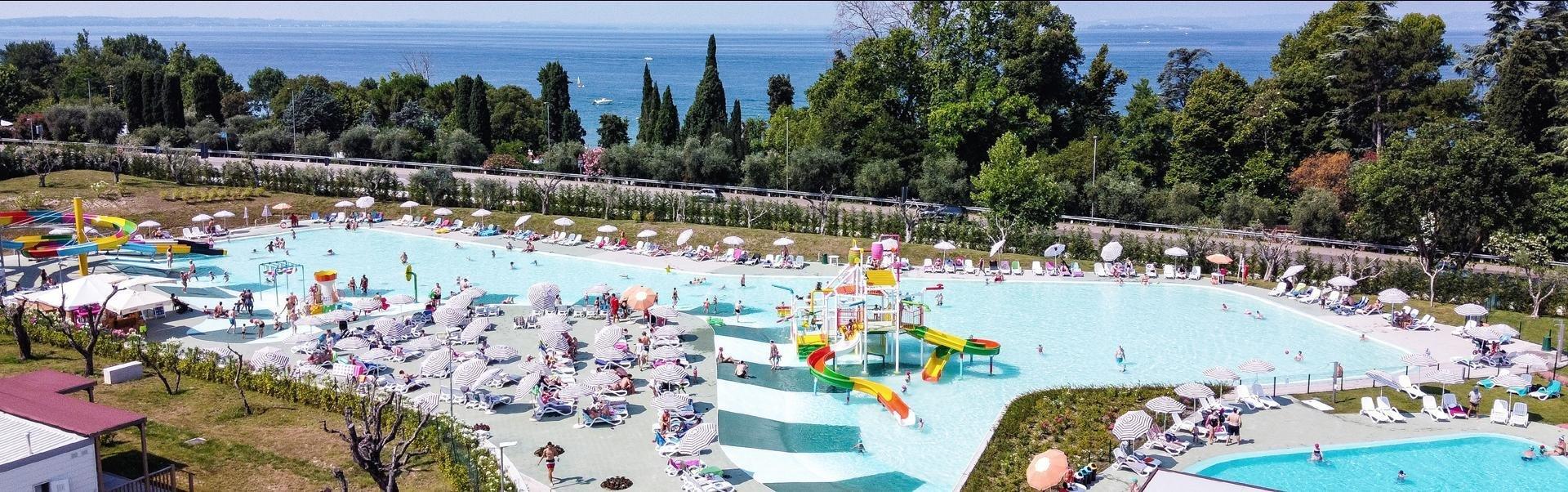 Banner Cisano San Vito - Zwembad 2021